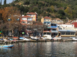 The fishing village of Anadolu Kavagi is the final stop on the Bosphorus ferry cruise