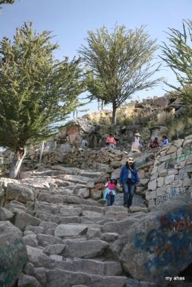 Pilgrims climbing down from the summit of Cerro Calvario