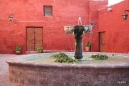 Zocodober Square fountain.