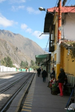 El Albergue is located right along the train platform