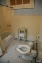 Our room at the Gran Hotel Bolivar: Bathroom