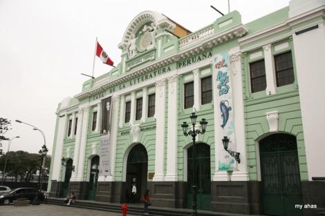 Old Desamparados Train Station